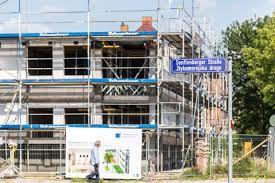 neubau von mehrfamilienhaus kommt gut voran gebäudewirtschaft