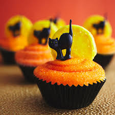 Pumpkin Halloween Cakes by Black Cat Cupcakes