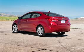 2011 hyundai accent capacity 2011 hyundai elantra reviews and rating motor trend
