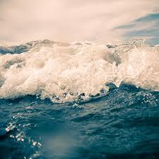 ocean explore wallpapers ipad wallpaper apple waves blue sea ocean jpg 1024 1024 sea