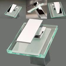 Waschbecken Design Flugelform Auf Tisch Waschbecken Schöne Kombi Mit Holz Der Traum Vom Haus