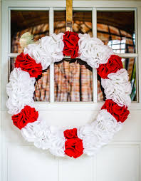 diy christmas ruffle wreath u2014 eatwell101