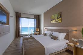 chambre vue sur mer hôtel aktia lounge spa 5 vue mer séjour heraklion ôvoyages