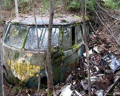 vw schwimmwagen found in forest sad end for this vw abandoned cars pinterest vw