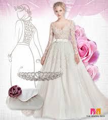 10 unique lace wedding gowns that exude elegance
