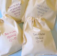 Wedding Favors Uk by Wedding Favour Bags Drawstring Pouches