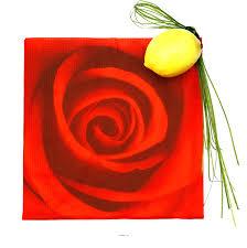 Serviette En Papier Fleur by Serviettes De Table Motif Rose Rouge Amour Uni Papier Table