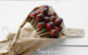 chocolate covered strawberry bouquet 20 diy s day bouquets because flowers are so 2016
