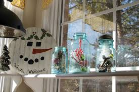 Kitchen Window Covering Ideas Simple Christmas Decorating Ideas In The Kitchen Debbiedoos