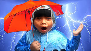 bad baby crying learn colors with umbrellas for babies сolored