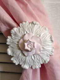Shabby Chic Curtain Holdbacks by 645 Best Curtain Tiebacks Images On Pinterest Curtains Window