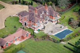 tom cruise mansion reality star peter andre snaps up tom cruise s 5million west
