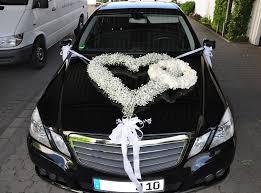 hochzeitsdekoration auto brautautoschmuck wedding hochzeitsdeko