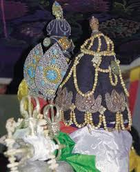 drukpa publications naropa s ornaments