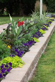 Landscape Flower Bed Ideas by 313 Best Side Yard Ideas Images On Pinterest Backyard Ideas