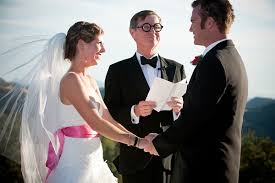 wedding officiator your wedding vendor tip guide