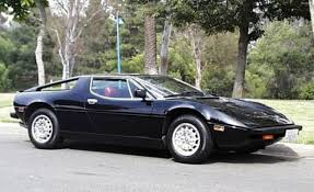 merak maserati the batman u0027s car of maserati merak 1600px image 1