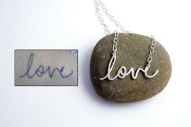 custom handwriting necklace custom handwriting necklaces written mementos you can wear ohgizmo