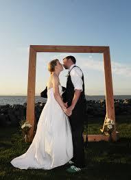 how to make a wedding arch in daddcdbdcceddc wedding arch rustic