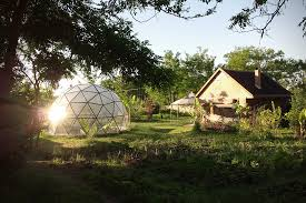 biodomes glass geodesic dome homes hiconsumption