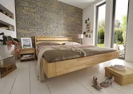 schlafzimmer naturholz schlafzimmermöbel aus massivholz innatura massivholzmöbel