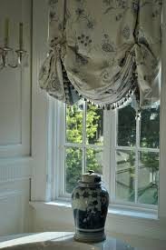 Kitchen Window Curtains by Best 25 Balloon Curtains Ideas Only On Pinterest Drapery Ideas