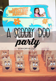 scooby doo wrapping paper diy scooby doo mystery machine birthday photo prop