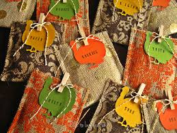 thanksgiving place cards for kids to make thanksgiving table favors to make home design ideas