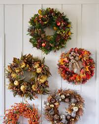 christmas wreaths 5 ways to recycle christmas wreaths balsam hill balsam hill