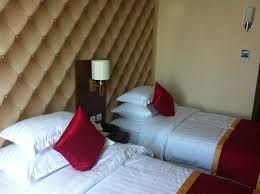 Huge Pillow Bed Big Pillow Picture Of Gideon Hotel Batam Batam Tripadvisor
