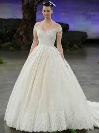 fairytale inspired wedding dresses luxurious gowns from 2016 bridal fashion week