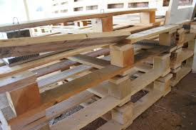 Patio Pallet Furniture by Diy Outdoor Patio Furniture From Pallets
