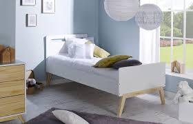 chambre bebe design scandinave lit enfant style scandinave nino idkid u0027s
