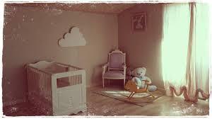 tapisserie chambre bébé tapisserie chambre bebe fille kirafes