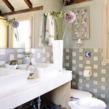 small apartment bathroom decorating ideas smart ideas for decorating small apartments featuring antique wood