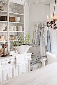shabby cottage home decor 147 best decor white living images on pinterest decorating