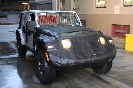 new jeep wrangler jl jeep jl wrangler mule gets pulled over in downtown l a