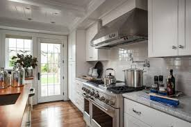 Hgtv Dream Kitchen Designs by Hgtv 2015 Dream House A Classic Cape On Martha U0027s Vineyard