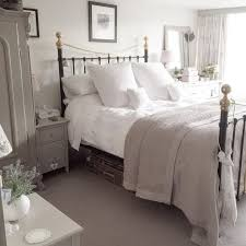 Cottage Bedroom Furniture by Top 25 Best New England Bedroom Ideas On Pinterest New England