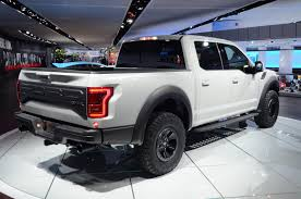 truck ford raptor 2017 ford f 150 raptor supercrew drops jaws and snaps necks at detroit