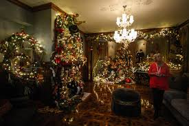 deland u0027s stetson mansion decked out for christmas news daytona