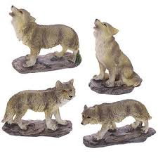 wolf ornaments figurines wolves howling gift idea