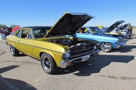 Ideal Classic Cars - last of the coach built american cars have special appeal for this