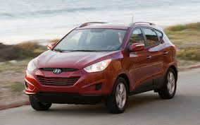 reviews on hyundai tucson 2012 hyundai tucson reviews and rating motor trend