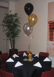 graduation balloon centerpiece cool balloon ideas pinterest