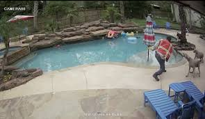 the guy was swinging to kill u0027 contractor caught on camera