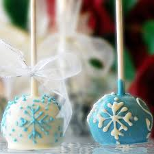 ornament favors frosted and glittery winter wedding favors ideas4weddings