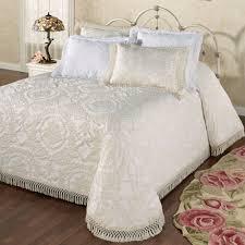 White Matelasse Coverlet Twin Bedrooms Satin Coverlet Matelasse Coverlets Queen Matelasse