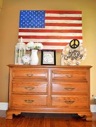 How To Display American Flag On Wall D I Y Distressed Wooden American Flag
