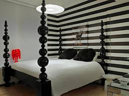Striped Bedroom Wall by Bedroom Furniture Trendy Striped Bedroom Wall Color Ideas